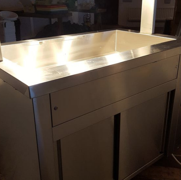 Secondhand carvery counter