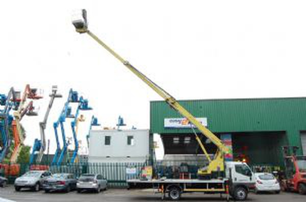 Buy Used SkyKing 189T Mitsubishi Canter