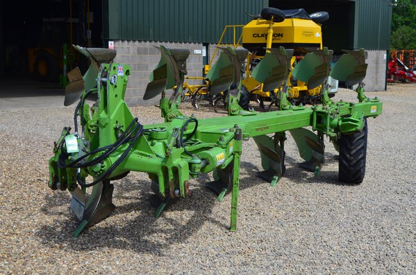 Dowdeswell DP140 6 Furrow For Sale
