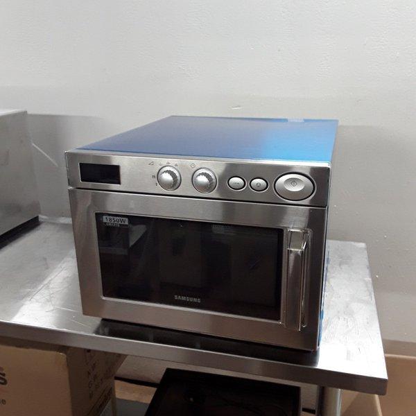 Samsung CM1919 1850W Manual Microwave
