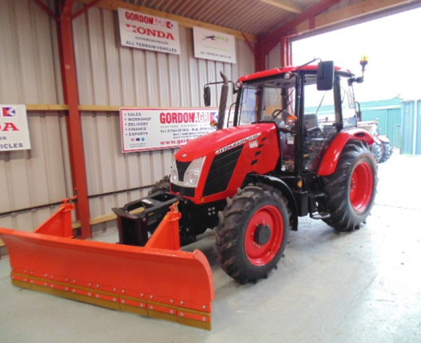 Zetor Major 80CL 4WD Farming tractor , fitted with DW Tomlin Snow Plough & Salt Spreader