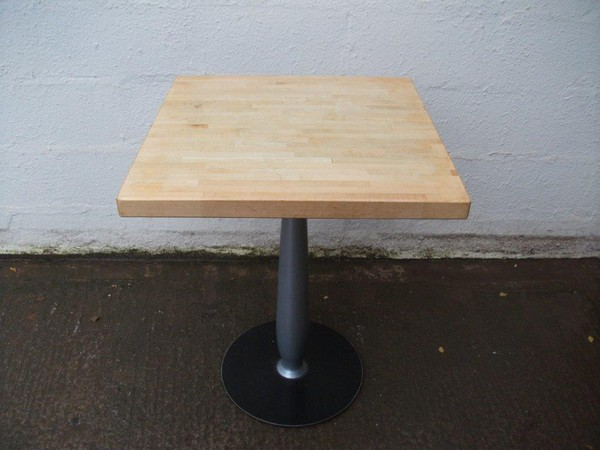 30x Dining / Restaurant / Cafe Tables (CODE T 1929)