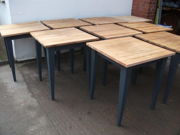 9x Shabby Chic Restaurant Tables (CODE T 1920)