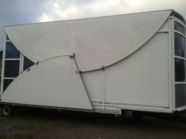 Exhibition Trailer roof and deck folded