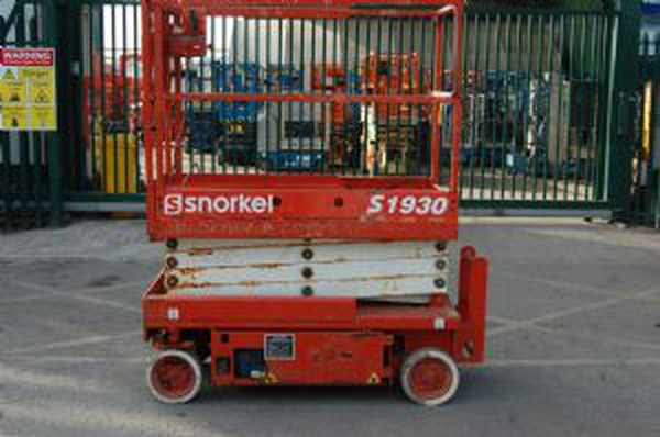Red Snorkel 1930E battery scissor lift