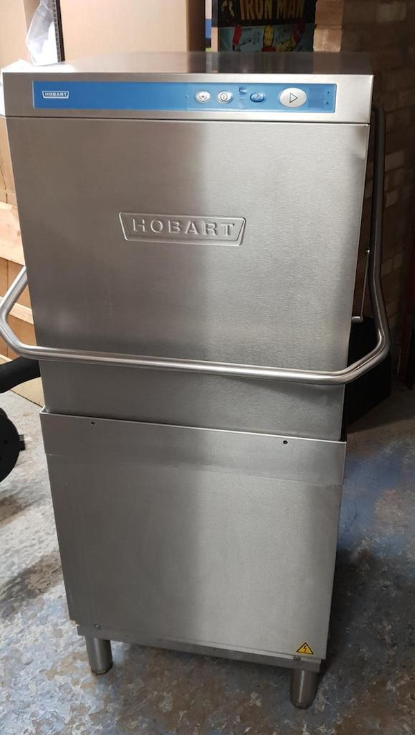 Hobart AMS900-10 Pass Though Dishwasher