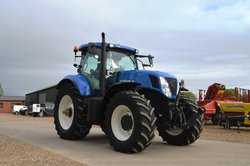 New Holland T7260  Tractor