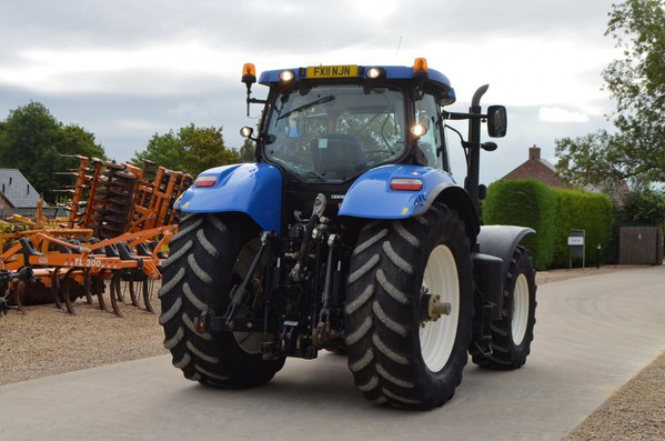 Buy Used New Holland T7260  Tractor