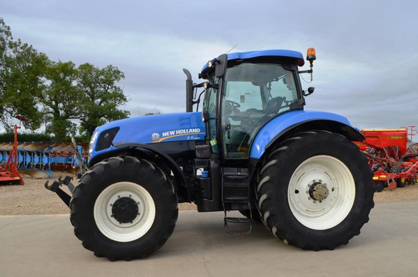 Used New Holland T7260  Tractor