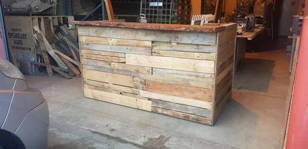 Wooden pallet bar for sale