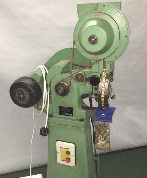 Eyelet machine for sale