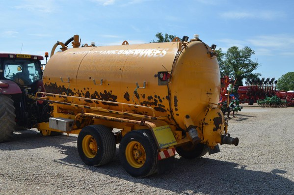 Second Hand Other Major 2600 Gallon Tanker