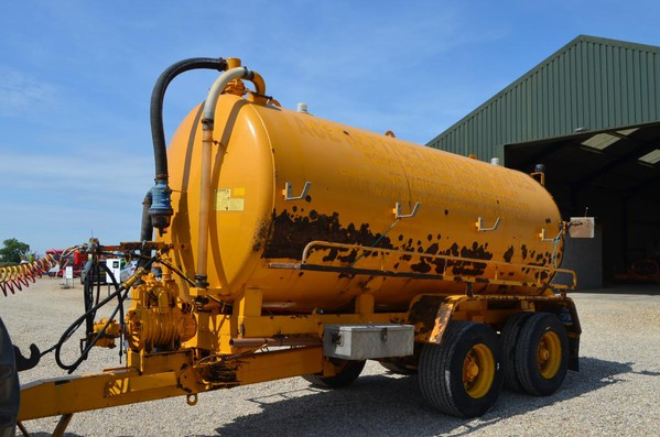 Used Other Major 2600 Gallon Tanker