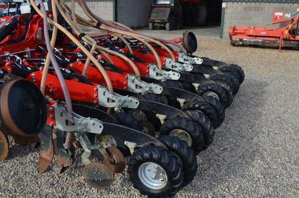 Ex Farm Sumo DTS 4M Seed Drill