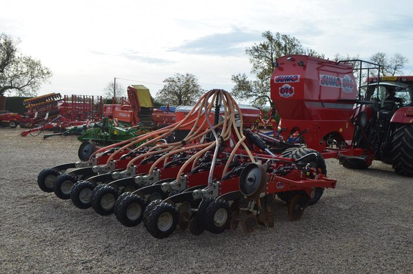 Used Sumo DTS 4M Seed Drill