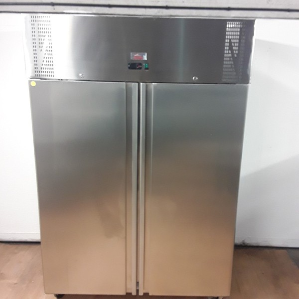 Stainless steel upright fridge