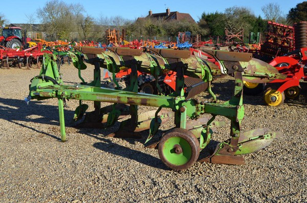 Dowdeswell DP8B 4 Furrow Plough For Sale