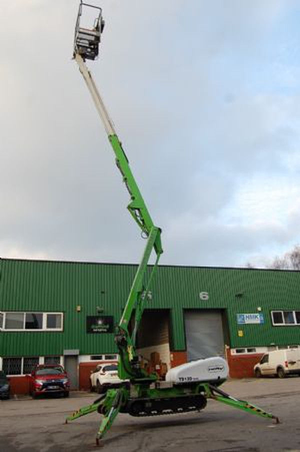 Secondhand lift for sale