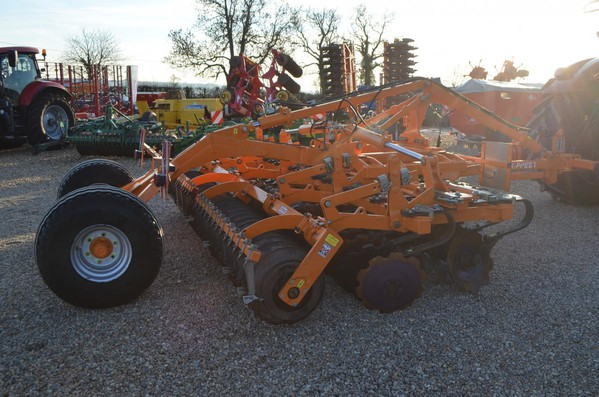 Second Hand Simba 4M X-Press (Trailed) Light Cultivator