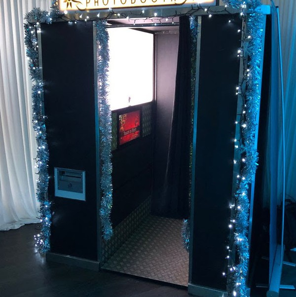 Vintage Style Custom Made Photo Booth with Green Screen