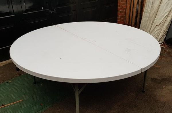 6ft round folding white tables