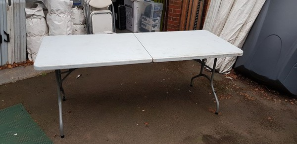 6ft folding white trestle tables