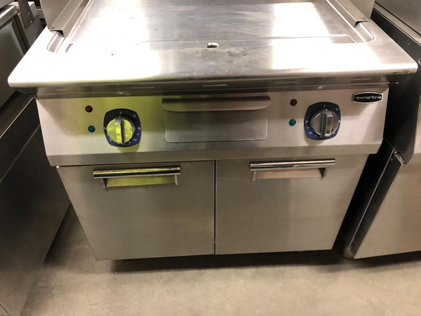 RexMartin - Electric Fry top with Cabinet