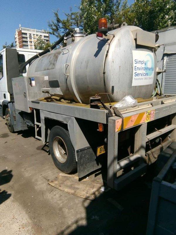 Vacuum tanker, Septic Tank Emptying, Toilet Service Truck