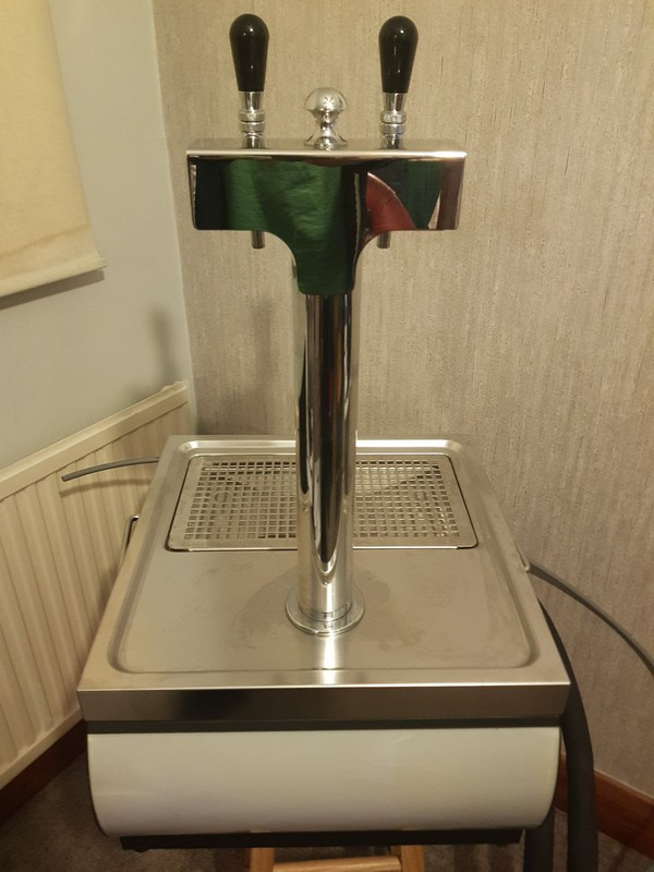 Beer Font with drip tray (table top)