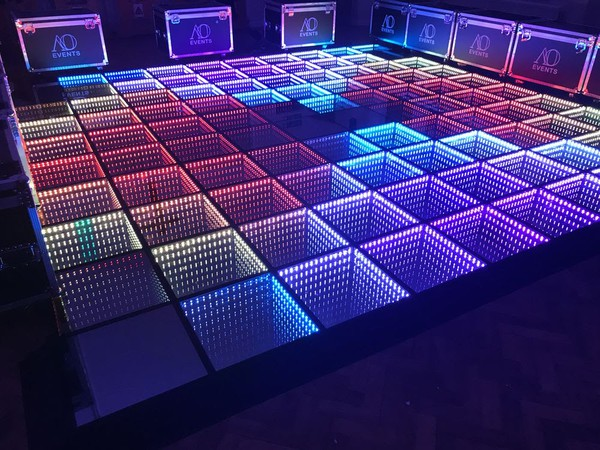 Dance floor - Sound to light for sale