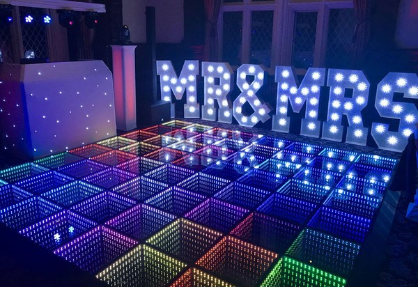 DMX sound to light dance floor
