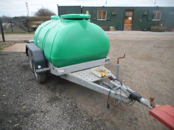Twin axle water bowser for sale