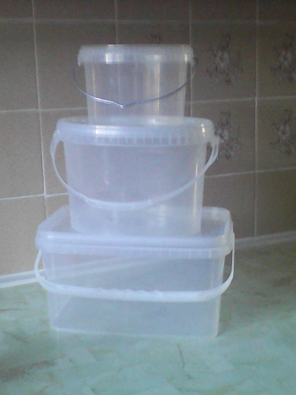 Plastic Food Safe Tubs