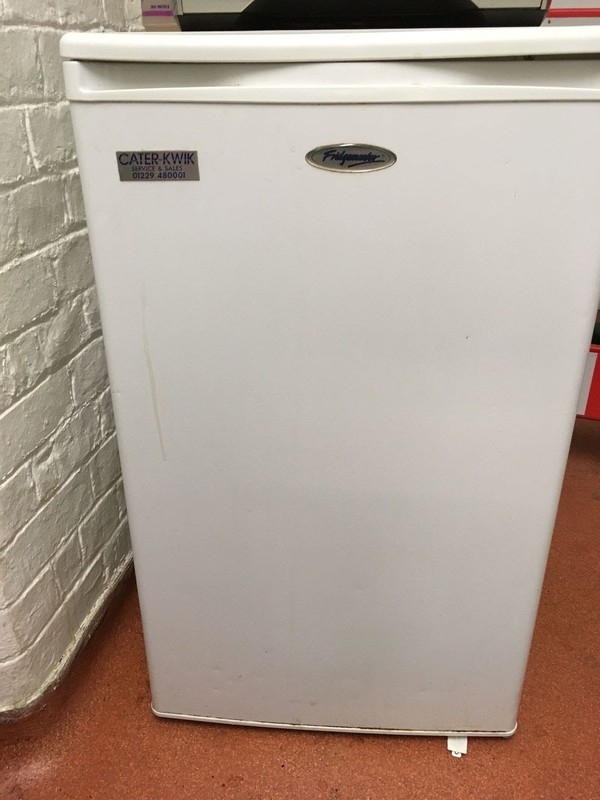 Small Cater-kwik Fridgemaster MTRL130 Fridge