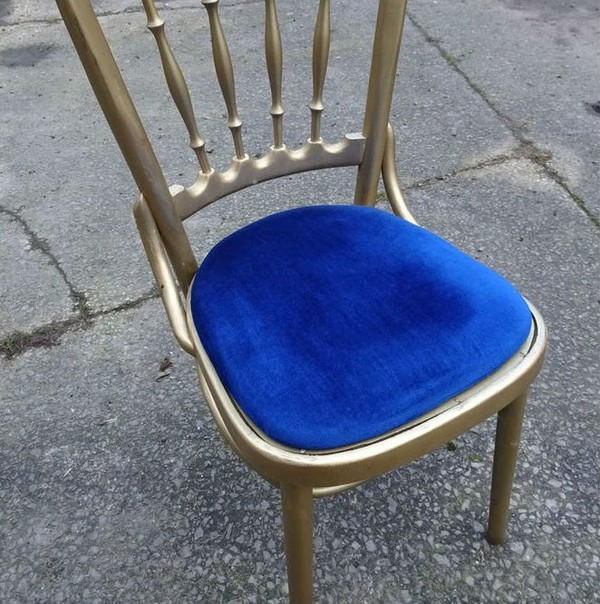Cheltenham chairs with blue seat pads for sale