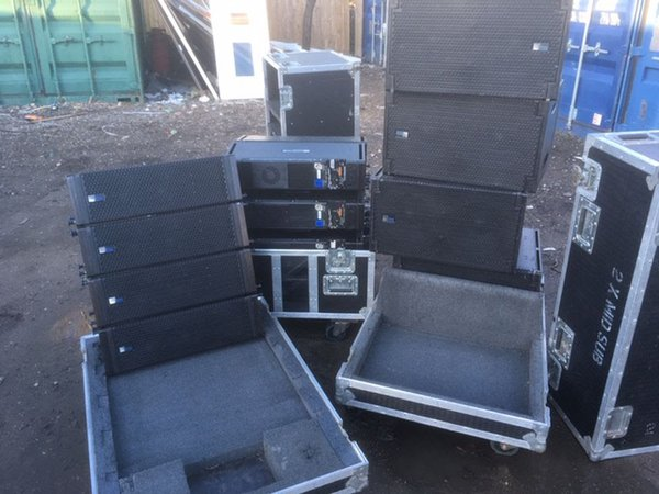 Meyer M1D Line array system with LD-3 Line Driver