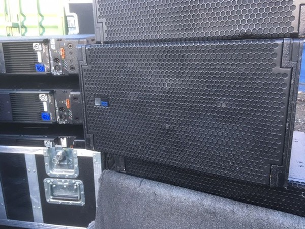Second Hand Meyer M1D Line array system with LD-3 Line Driver