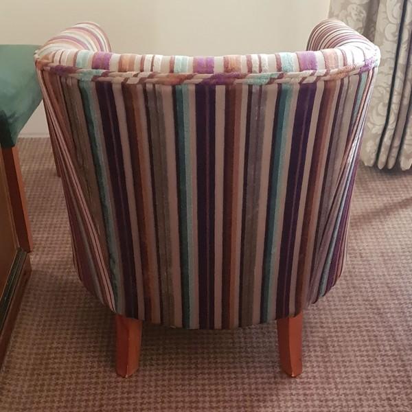 Pub tub chairs