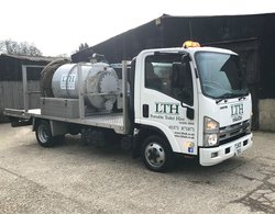 Toilet service Vacuum tanker