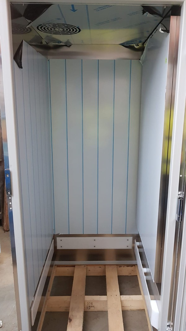 Hoshizaki 1422 Ltrs Upright Fridge Cabinet - London 11