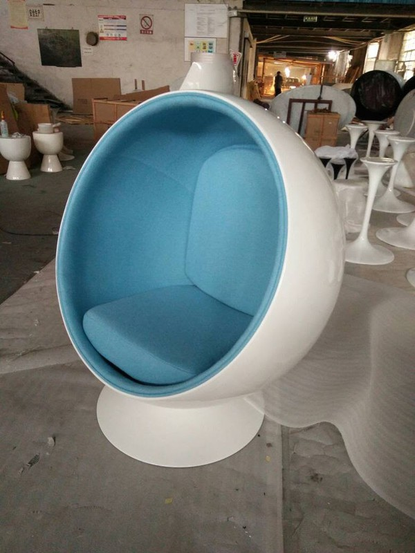 White with Blur Interior Egg Pod Chairs