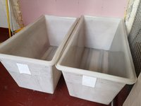 Lundry baskets / tubs