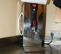 Insta Counter top water boiler