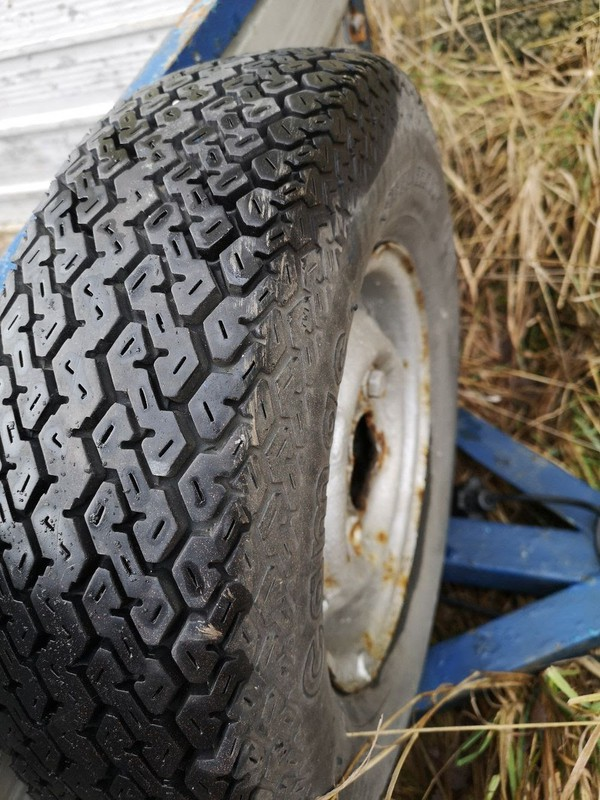 Spair tyre trailer