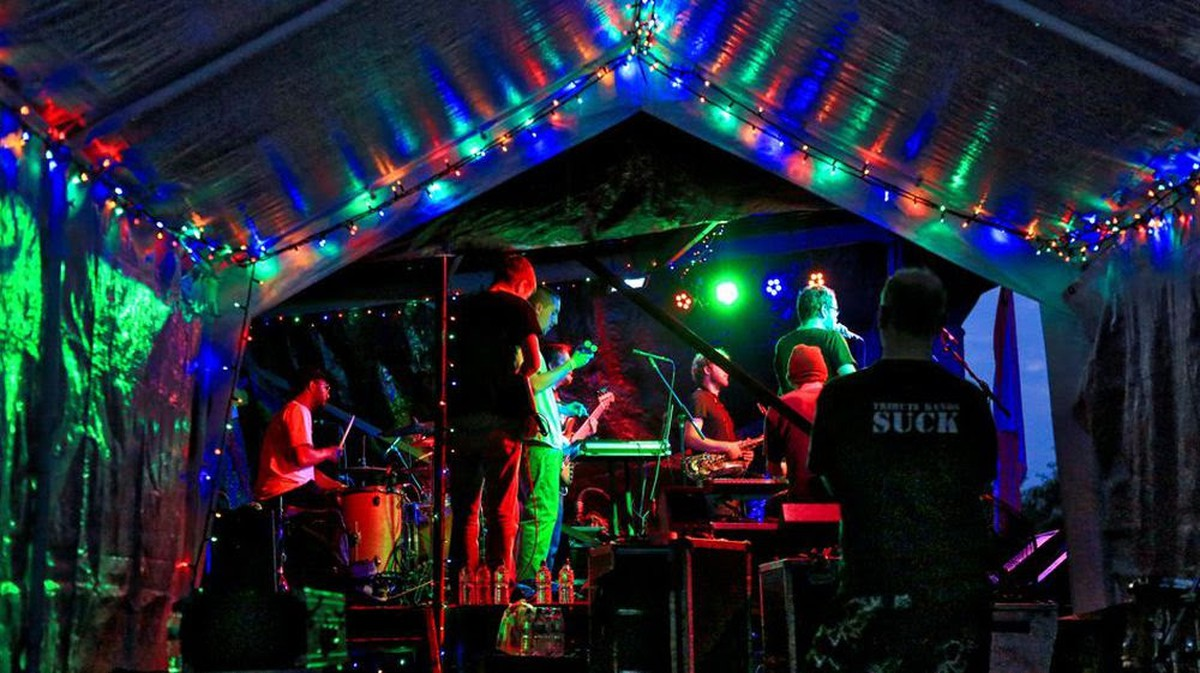 Secondhand Sound And Lighting Equipment Stages Music