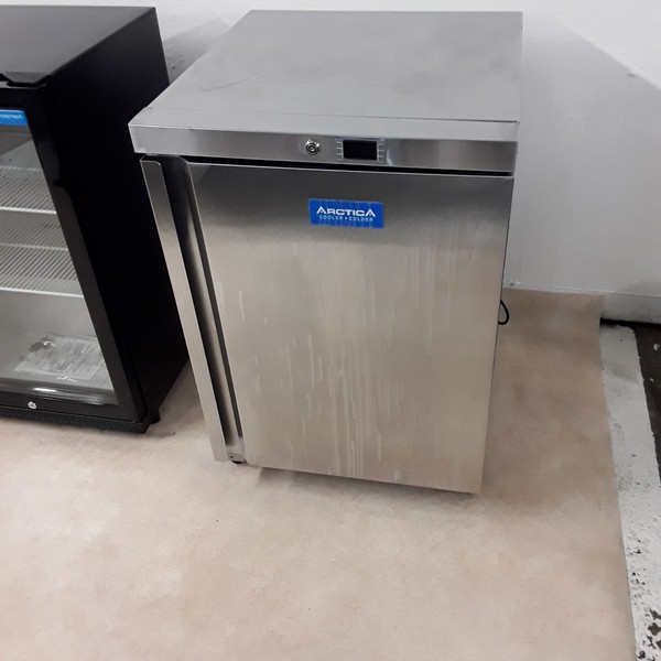 New B Grade Arctica HEC909 Stainless Steel Under Counter Freezer (A8257)