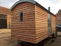 Shepherds Hut (Brand New)