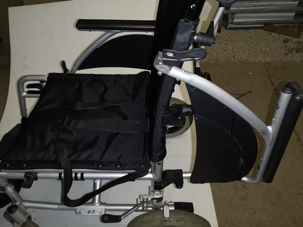 Used wheel chairs for sale