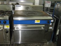Blue Seal G570 Solid Top Gas Range