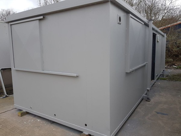 4 Room Shower And Toilet Block
